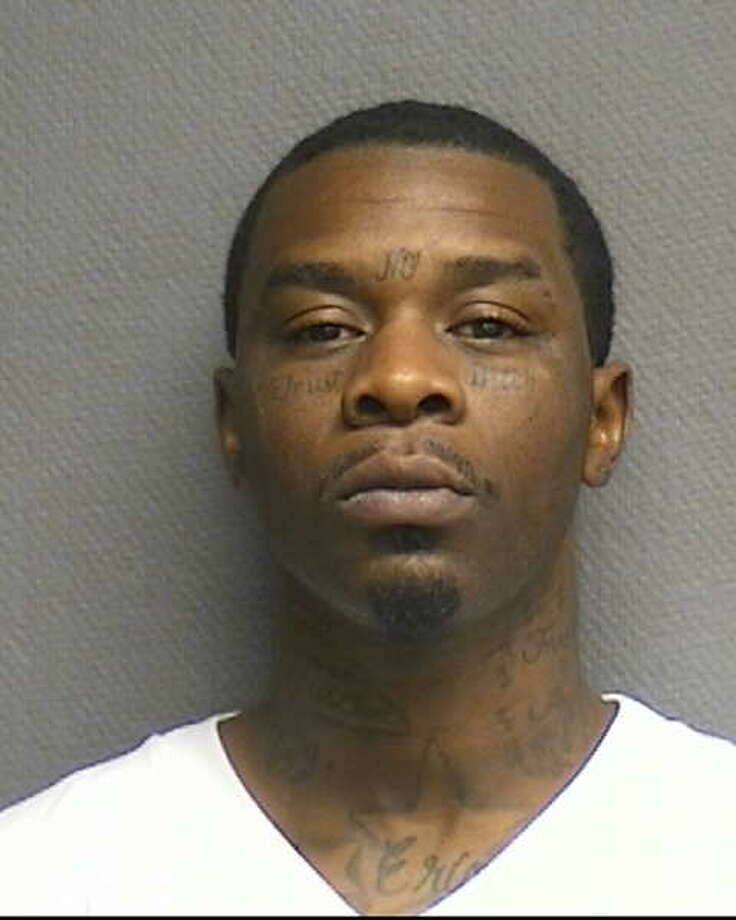 Nathaniel L.  Wiggins Accused of robbing an individual at gunpoint in Houston. / stophoustongangs.org