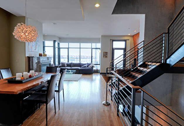 美國「水怪」菲比斯位於巴爾的摩的豪宅單位 - 通天經紀 - tongtianjingji的博客