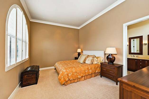 The spacious master suite has vaulted ceilings. Photo: Olga Soboleva