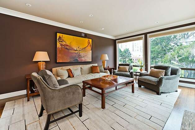 The home is located at 550 Davis St. It is listed for $2.275 million. Photo: Olga Soboleva