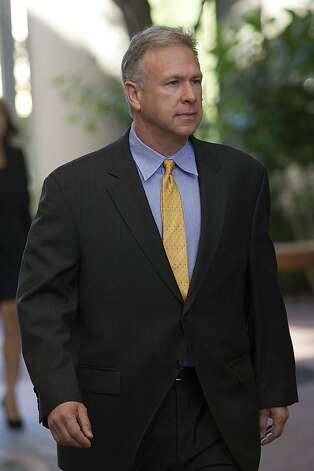 Phil Schiller, Apple's marketing chief, arrives at the courthouse in San Jose to testify in the company's patent suit against Samsung. His testimony revealed some of the decision-making process at Apple. Photo: David Paul Morris, Bloomberg