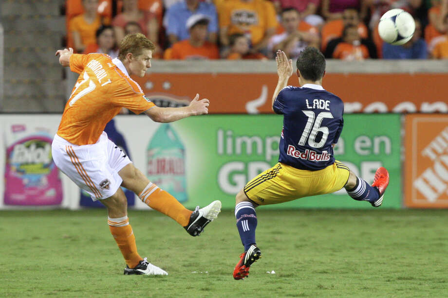Andre Hainault was the Dynamo's Defender of the Year in 2011. (J. Patric Schneider/For the Chronicle) Photo: J. Patric Schneider, Houston Chronicle / © 2012 Houston Chronicle