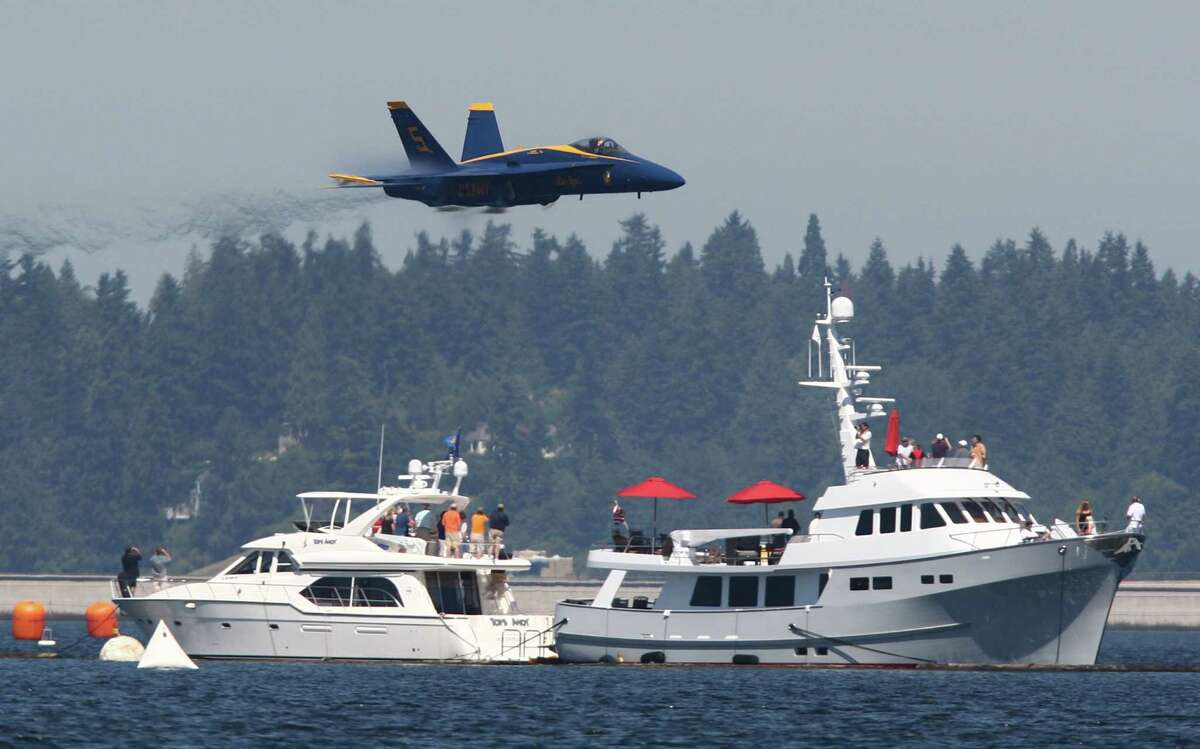 The Blue Angels perform over Lake Washington.