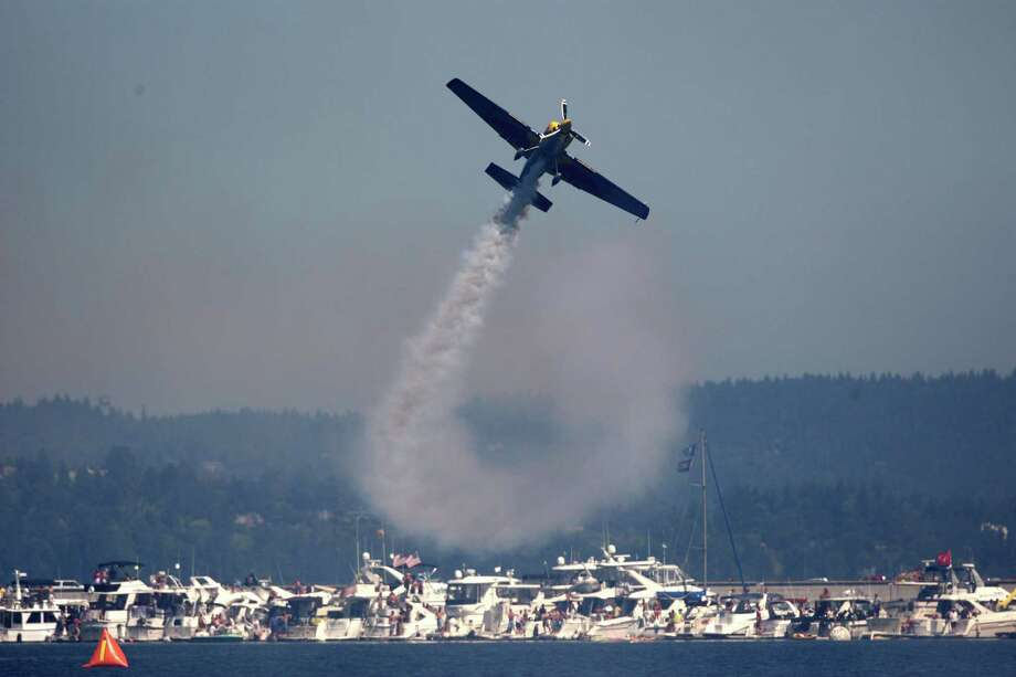 The Red Bull Air Force Demonstration team performs over Lake Washington. Photo: JOSHUA TRUJILLO / SEATTLEPI.COM