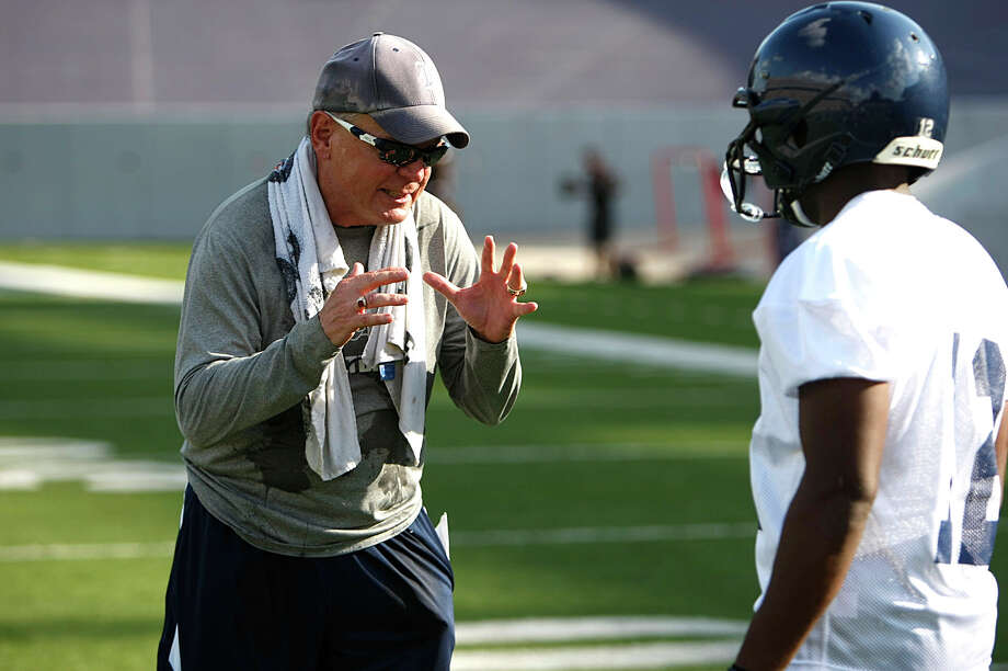 Chris Thurmond will have his hands full in his first season as defensive coordinator with all the offensive arsenals on the Owls' Conference USA schedule. Photo: Johnny Hanson / © 2012  Houston Chronicle