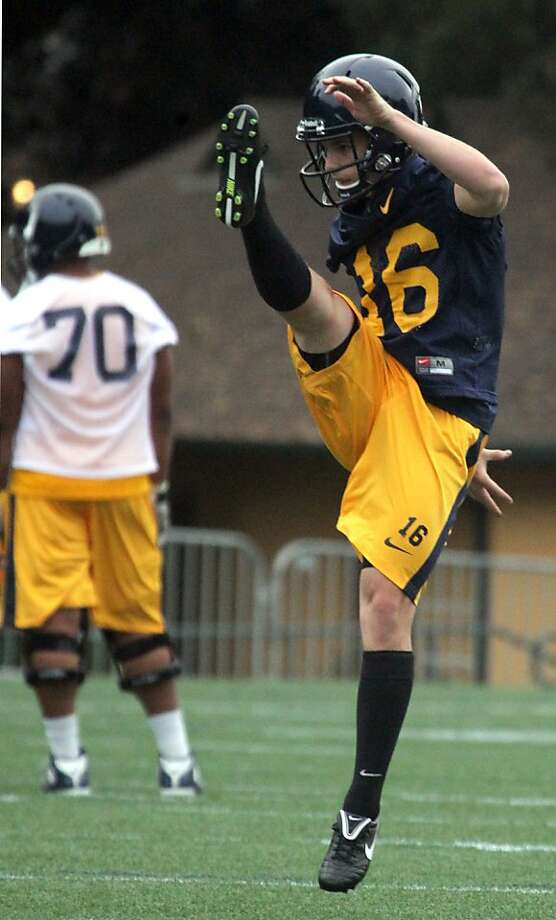 Freshman punter Cole Leininger get off some impressive practice kicks. Photo: Lance Iversen, The Chronicle