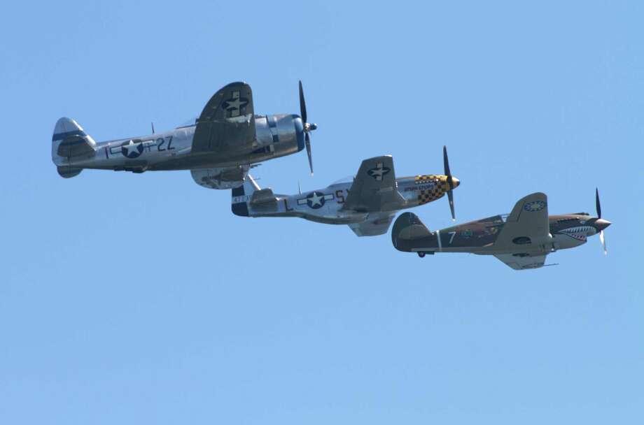 Vintage airplanes fly over Lake Washington. Photo: Sofia Jaramillo / SEATTLEPI.COM