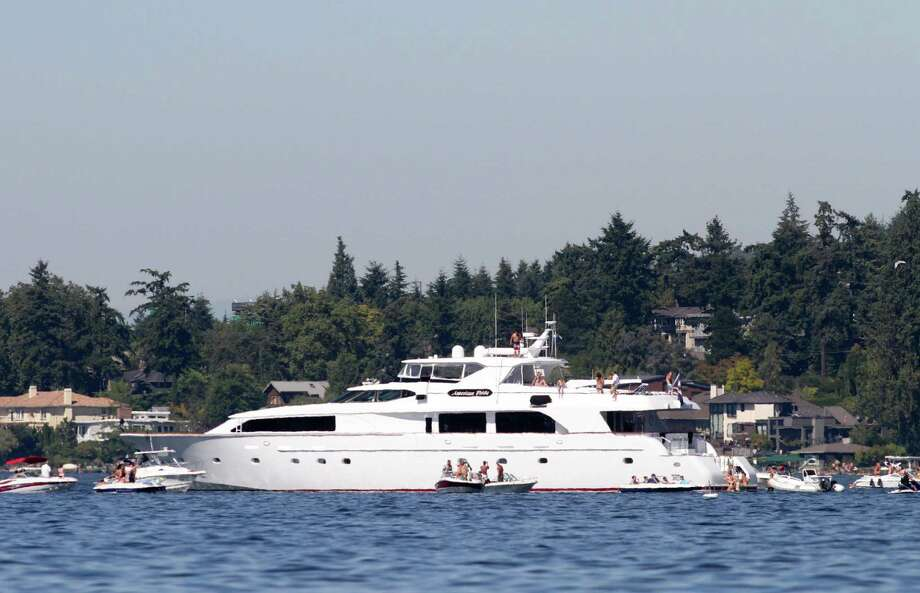 A yatch is shown on Lake Washington. Many boats gather on Lake Washington to watch various Seafair events. Photo: Sofia Jaramillo / SEATTLEPI.COM