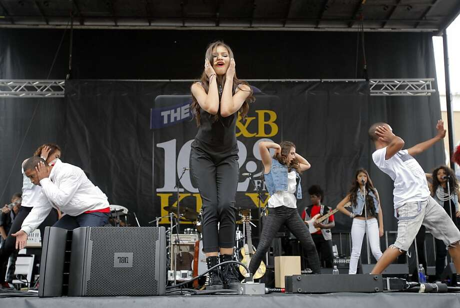 Disney sitcom star and Oakland native Zendaya performs at the Art & Soul festival. Photo: Megan Farmer, The Chronicle