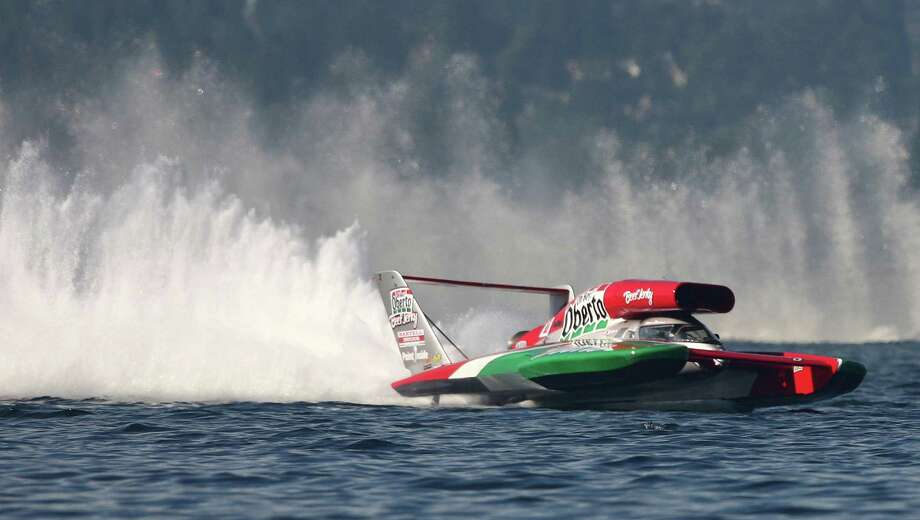 The Oh Boy! Oberto Unlimited Hydroplane speeds around Lake Washington during a final lap of the 2012 Albert Lee Cup at Seafair. Photo: JOSHUA TRUJILLO / SEATTLEPI.COM