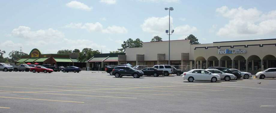Party City will move from 3970 Dowlen Rd. to the Eastex feeder next to FedEx Office by the end of August. Photo: Julie Chang