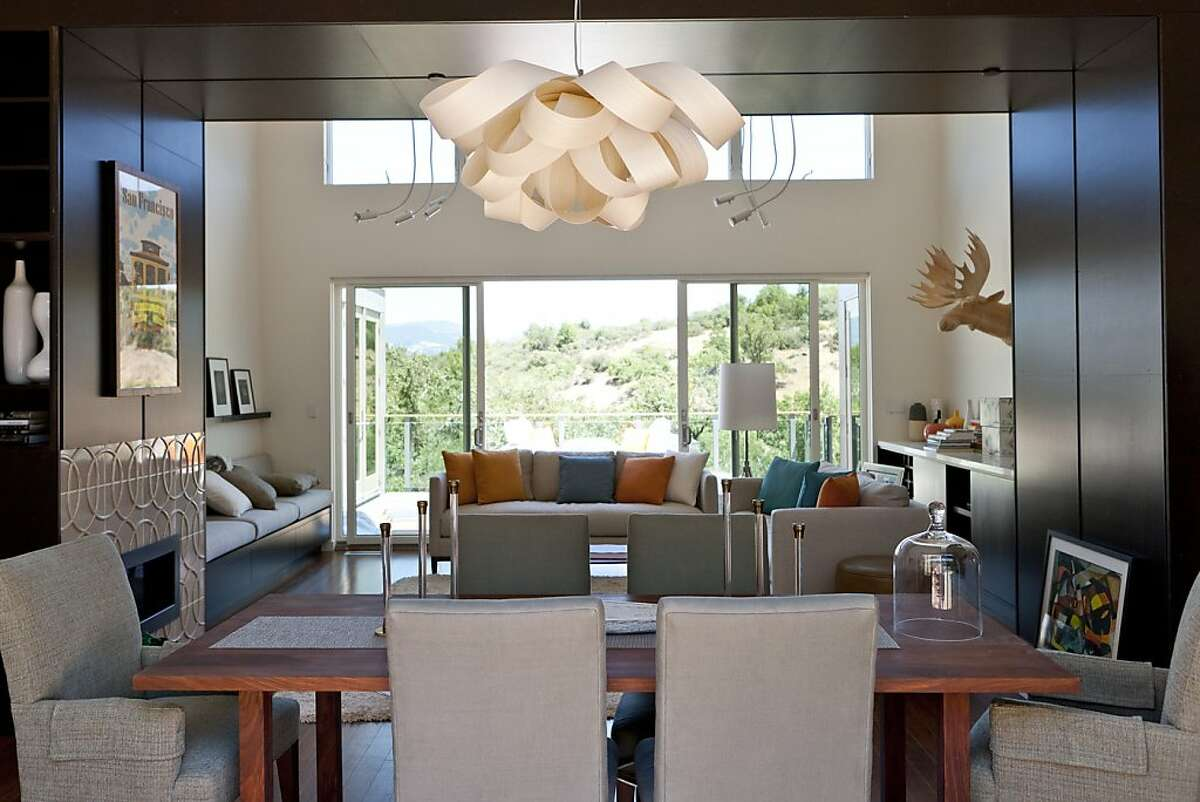 Sunset magazine s 2012 Idea House is a 3,000-square-foot, two-story, two-bedroom home plus guest house that offers lots of ideas on how to live stylishly green.