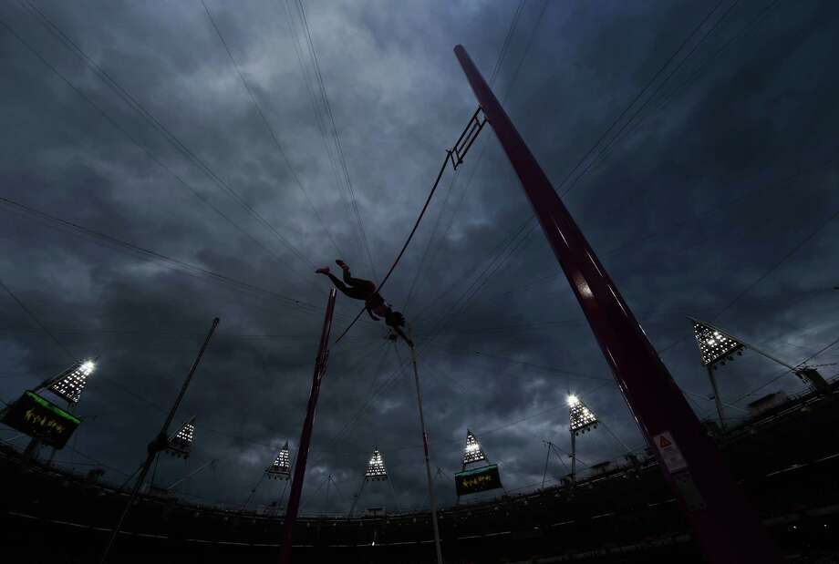 LONDON, ENGLAND - AUGUST 06:  Yarisley Silva of Cuba does a practice jump in the Women's Pole Vault final on Day 10 of the London 2012 Olympic Games at the Olympic Stadium on August 6, 2012 in London, England. Photo: Michael Steele, Getty Images / 2012 Getty Images