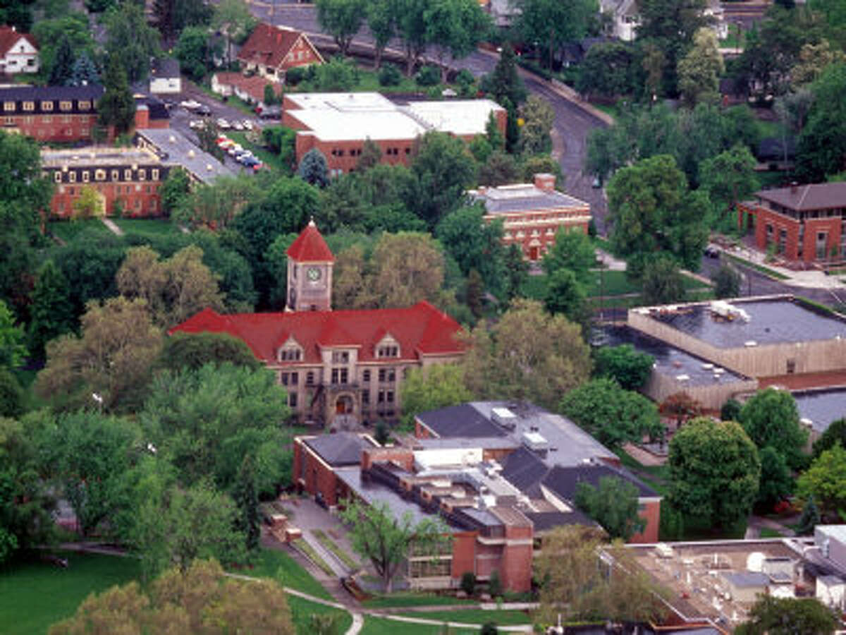 Whitman College (ranked No. 43 in National Liberal Arts Colleges) Acceptance rate: 51.7% Avg. GPA of admitted freshmen: 3.74 Admits in top 10% of high school graduating class: 61% Avg. SAT: 1210-1430 Avg. ACT: 28-32 Tuition cost: $51,370