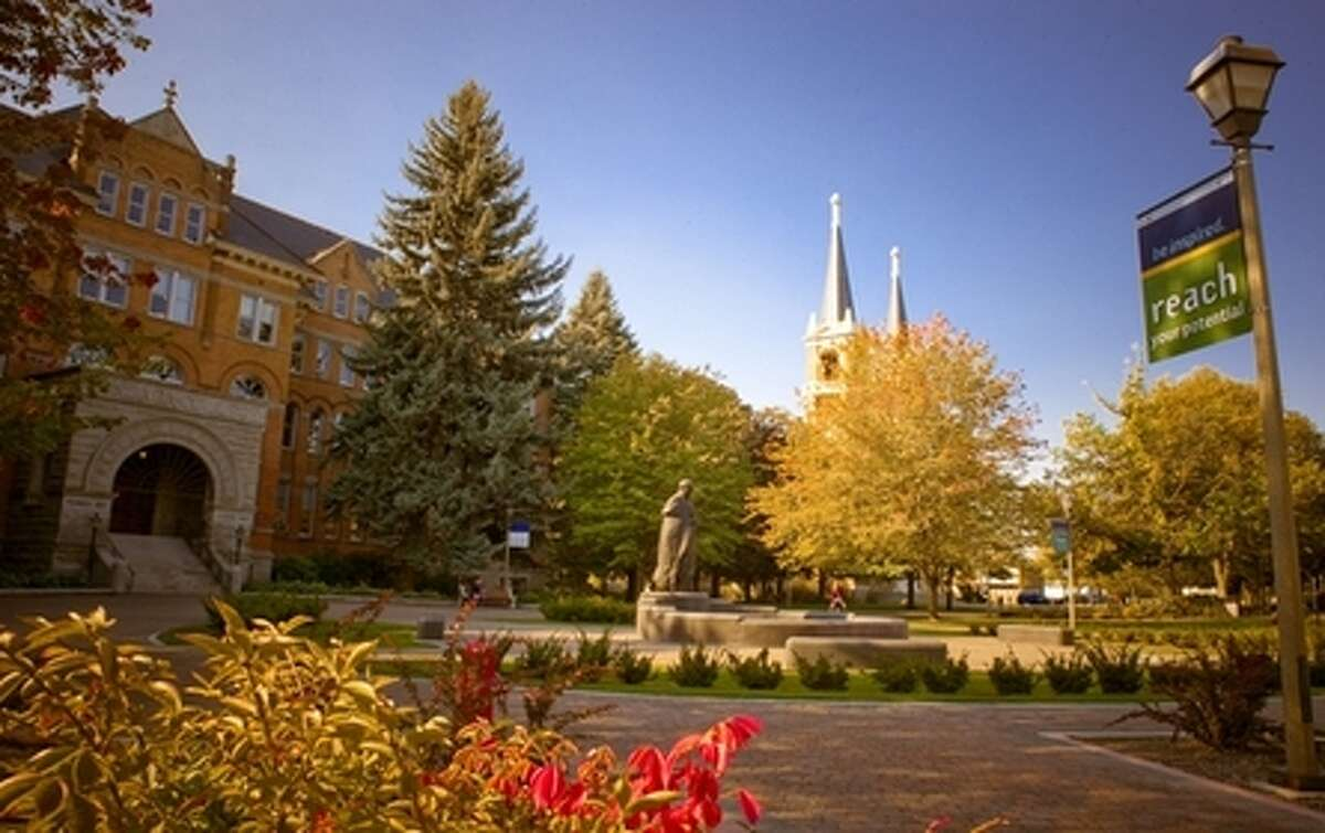 Gonzaga University, Spokane No. 4 in Regional Universities West No. 3 in Best Colleges for Veterans No. 1 in Best Undergraduate Teaching No. 6 in Best Value Schools No. 7 (tie) in Most Innovative Schools No. 18 (tie) in Best Undergraduate Engineering Programs