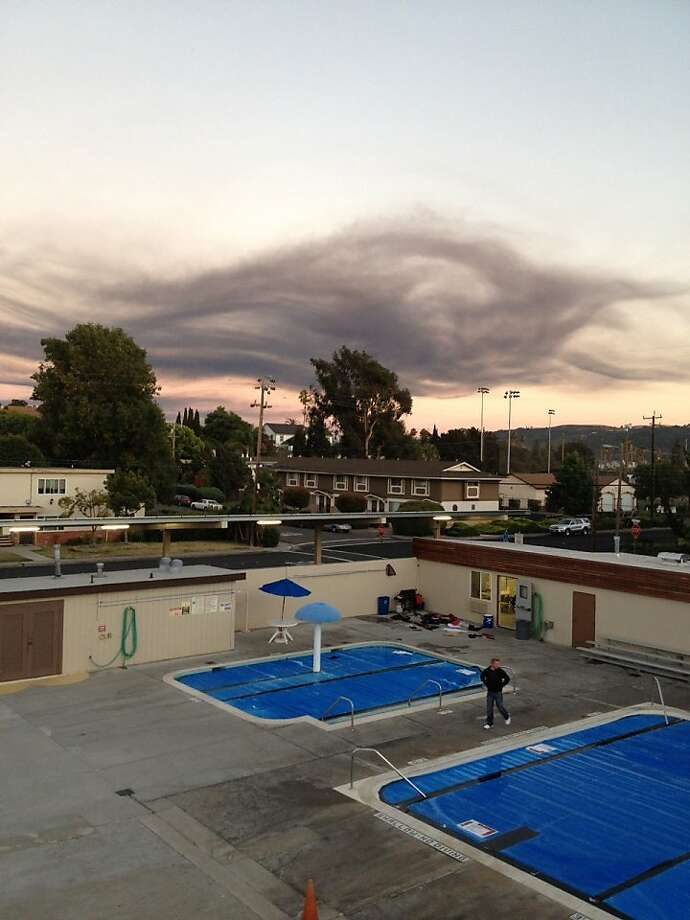 Smoke from the fire at the Chevron refinery in Richmond is seen from Benicia, Calif., on August 6, 2012. Photo: Courtesy Nate Kane