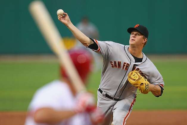 Starter Matt Cain #18 of the San Francisco Giants pitches against the St. Louis Cardinals at Busch Stadium on August 6, 2012 in St. Louis, Missouri.  (Photo by Dilip Vishwanat/Getty Images) Photo: Dilip Vishwanat, Getty Images