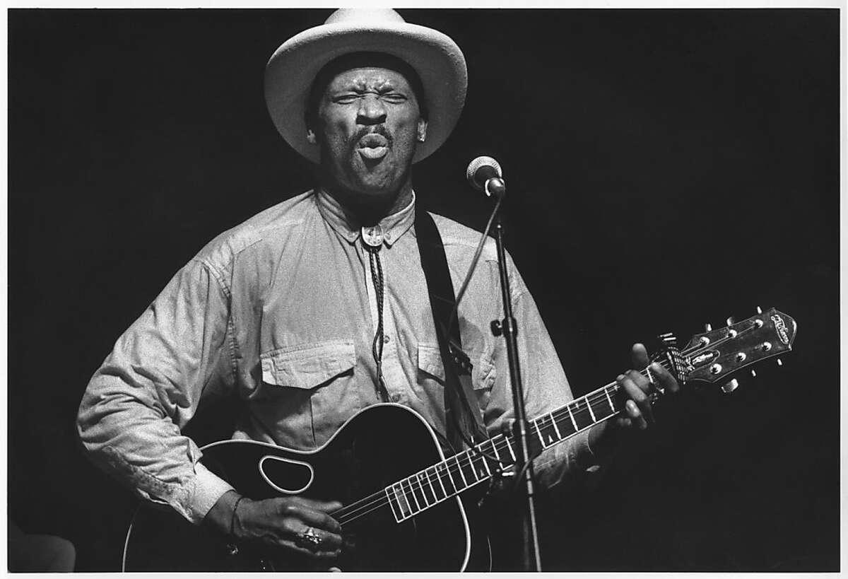 Blues singer Taj Mahal performing at Yoshi's Oakland Dec. 14, 1989.