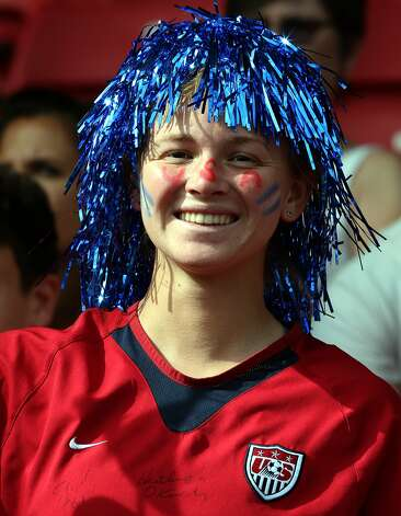 GLASGOW, SCOTLAND - JULY 25:  USA fan during the Women's Football first round Group G Match of the London 2012 Olympic Games between United States and France, at Hampden Park on July 25, 2012 in Glasgow, Scotland.  (Photo by Stanley Chou/Getty Images) (Stanley Chou / Getty Images)