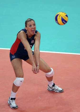 LONDON, ENGLAND - AUGUST 07:  Jordan Larson #10 of the United States passes the ball in the first set against the Dominican Republic during Women's Volleyball quarterfinals on Day 11 of the London 2012 Olympic Games at Earls Court on August 7, 2012 in London, England. Photo: Elsa, Getty Images / 2012 Getty Images