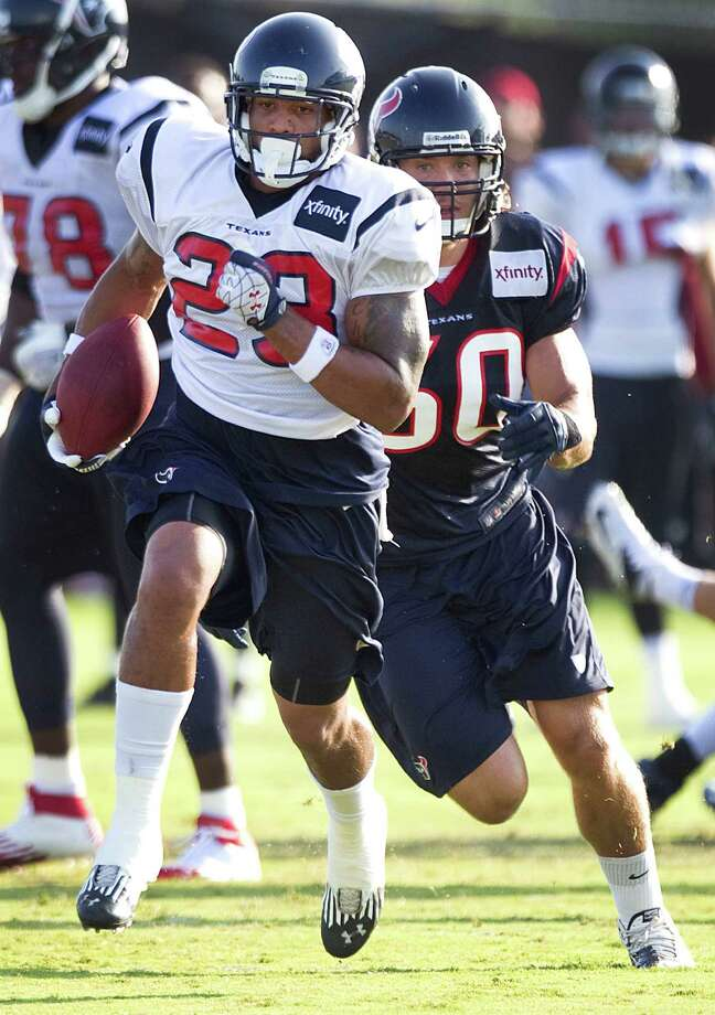 Texans running back Arian Foster has given up meat and dairy products but can still meet his caloric needs. Photo: Brett Coomer, Houston Chronicle / © 2012 Houston Chronicle