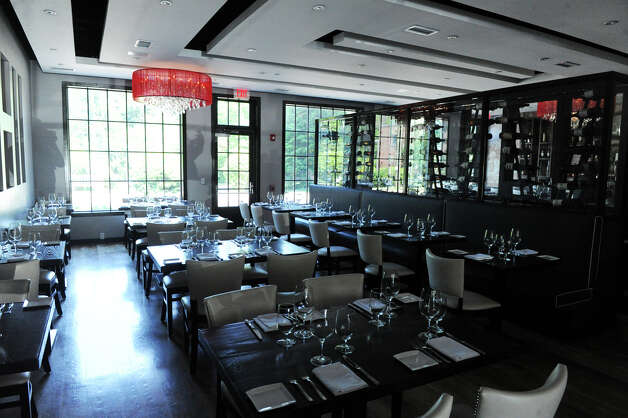 Bianco Rosso Wine Bar and Restaurant in Wilton, Conn., July 10, 2012. Photo: Keelin Daly / Stamford Advocate