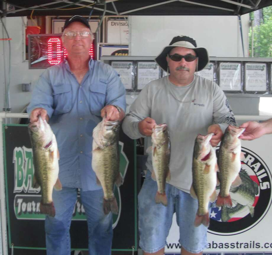Taking a risk by weighing in early, Walter Land and Dean Brown's 20.91 lb sack held for a 1st place win   Photo courtesy of Bass N Bucks