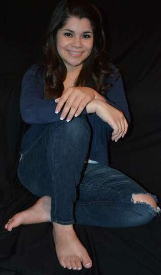 Bianca Benavides 15 yeas old attends Brandeis High School. Lookalike - Selena Gomez