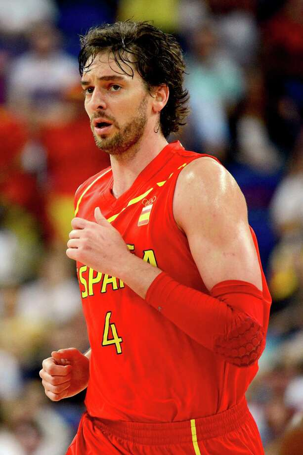 LONDON, ENGLAND - AUGUST 08:  Pau Gasol #4 of Spain looks on in the second half while taking on France during the Men's Basketball quaterfinal game on Day 12 of the London 2012 Olympic Games at North Greenwich Arena on August 8, 2012 in London, England. Photo: Ronald Martinez, Getty Images / 2012 Getty Images