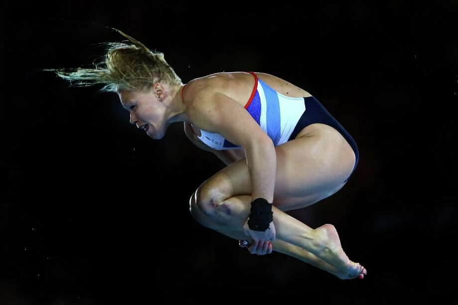 LONDON, ENGLAND - AUGUST 08:  Stacie Powell of Great Britain competes in the Women's 10m Platform Diving Preliminary on Day 12 of the London 2012 Olympic Games at the Aquatics Centre on August 8, 2012 in London, England. Photo: Al Bello, Getty Images / 2012 Getty Images