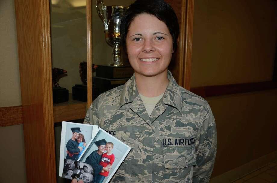 Airman's training saves brother - San Antonio Express-News