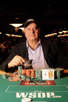 Greek poker players