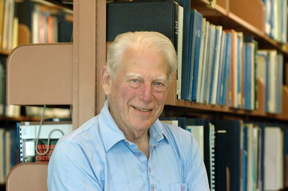 Dr. Warren Winkelstein, whose work established sexual activity as a direct cause of AIDS. Photo: Peg Skorpinski, UC Berkeley SchoolofPublicHealth