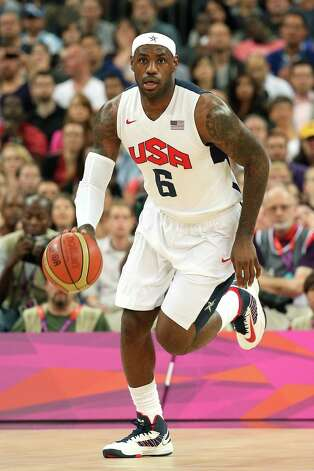 LONDON, ENGLAND - AUGUST 08:  LeBron James #6 of United States moves the ball in the first quarter against Australia during the Men's Basketball quaterfinal game on Day 12 of the London 2012 Olympic Games at North Greenwich Arena on August 8, 2012 in London, England. Photo: Christian Petersen, Getty Images / 2012 Getty Images