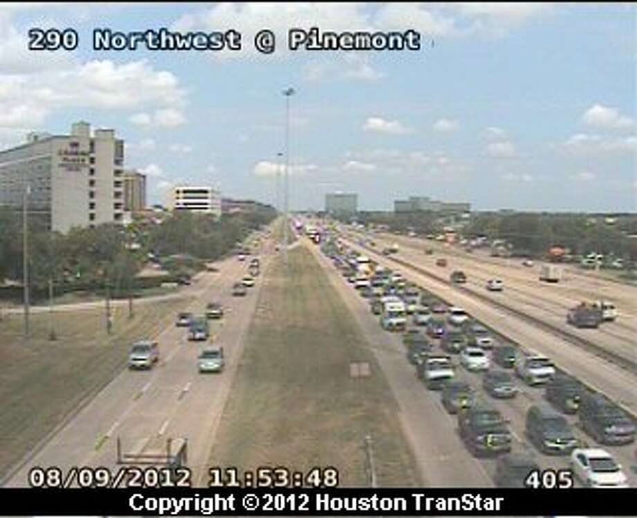 Traffic snarled was on U.S. 290 near Pinemont after a traffic wreck Thursday morning. Photo: Houston Transtar