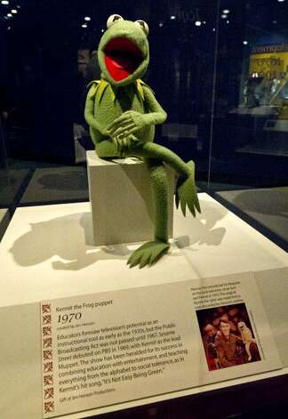 File: A 1970's Kermit the Frog puppet from Sesame Street displayed April 11, 2012 at the Smithsonian Museum of American History in Washington, DC. (Photo KAREN BLEIER/Getty Images) (AFP/Getty Images)