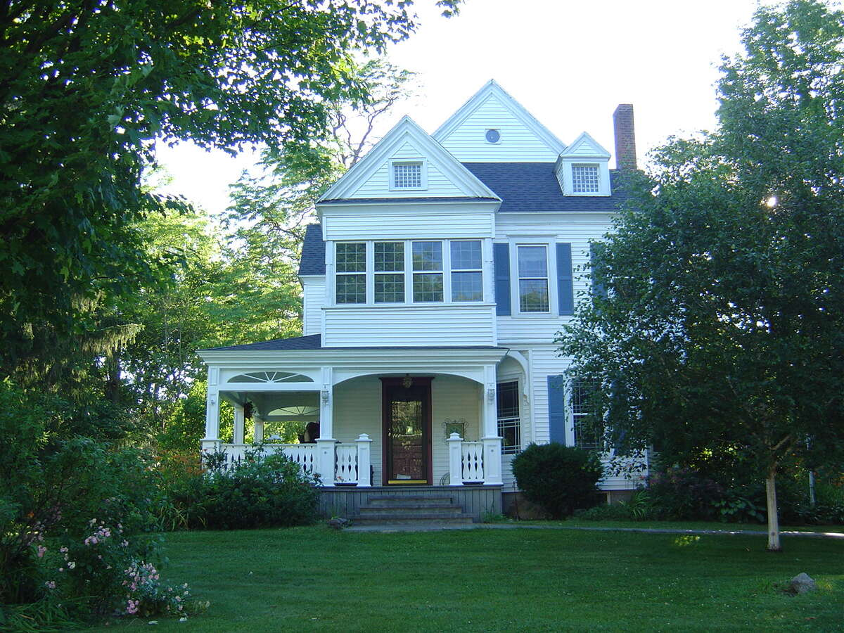 House of the Week: 105 Euclid Ave., Altamont | Realtor: David DiCara at ReMax | Discuss: Talk about this house