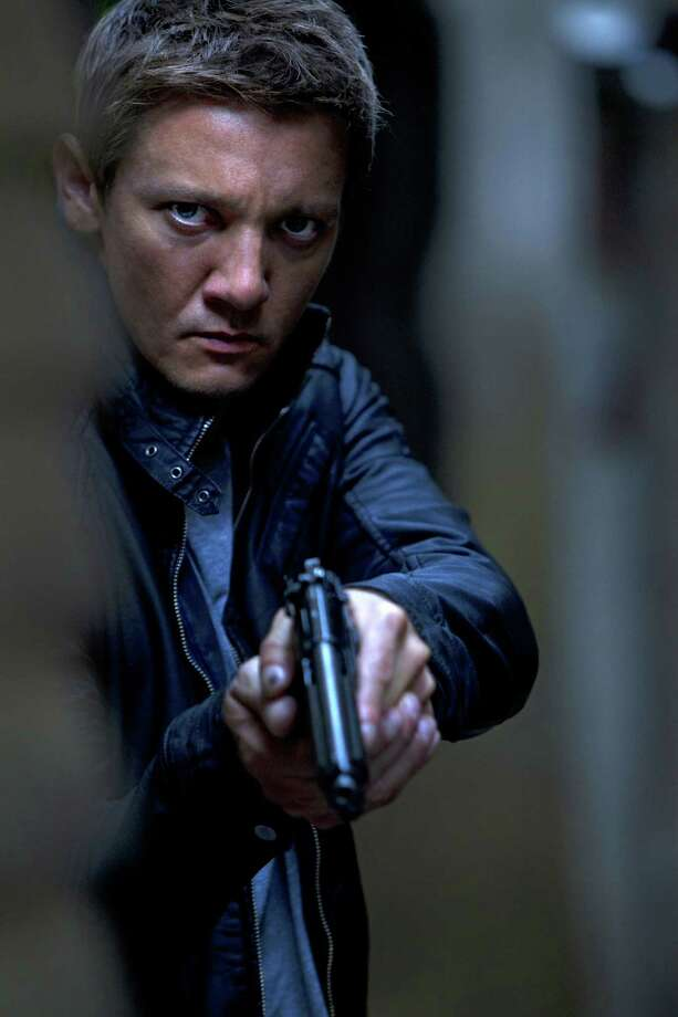 """Jeremy Renner stars as agent Aaron Cross in the opaque """"The Bourne Legacy."""" Photo: Mary Cybulski / Universal Pictures"""