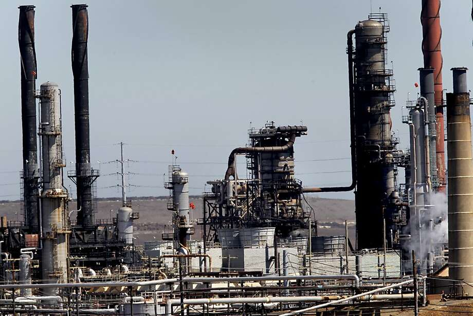 Looking north towards the crude oil unit damaged in the fire. On the third day after the Chevron refinery fire, more residents sought legal advice and Chevron announced plans to open a help center at the Nevin Community Center in Richmond, Calif. just blocks from the refinery. Photo: Brant Ward, The Chronicle