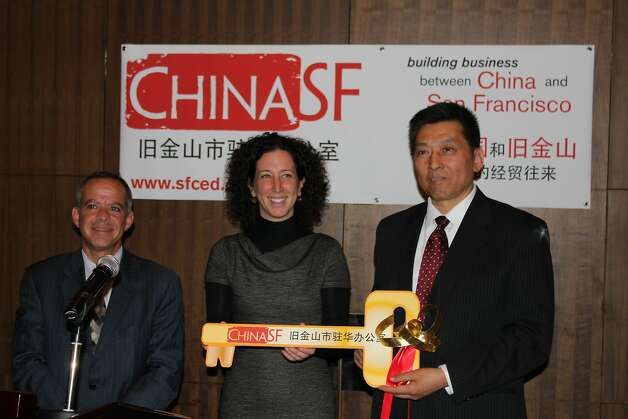 China SF board chairman Michael Cohen with  Jennifer Matz andZuozhang Liu at the ChinaSF Beijing office opening. Photo: Alfredo Casuso, DP&A