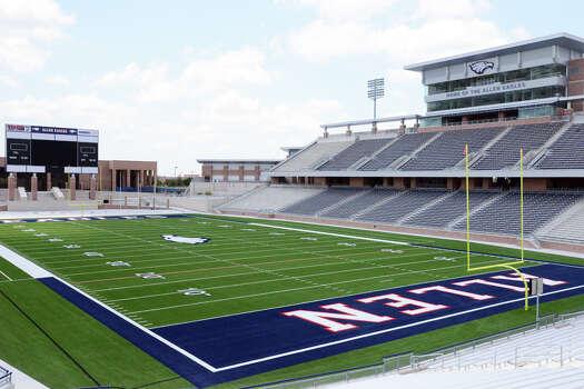 Dallas suburb to open new $60 million football stadium ...