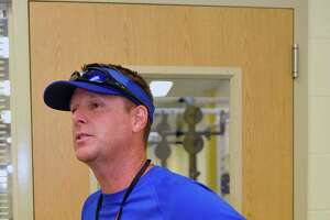 Hamshire-Fannett athletic director, coach resigns amid exercise allegations - Photo