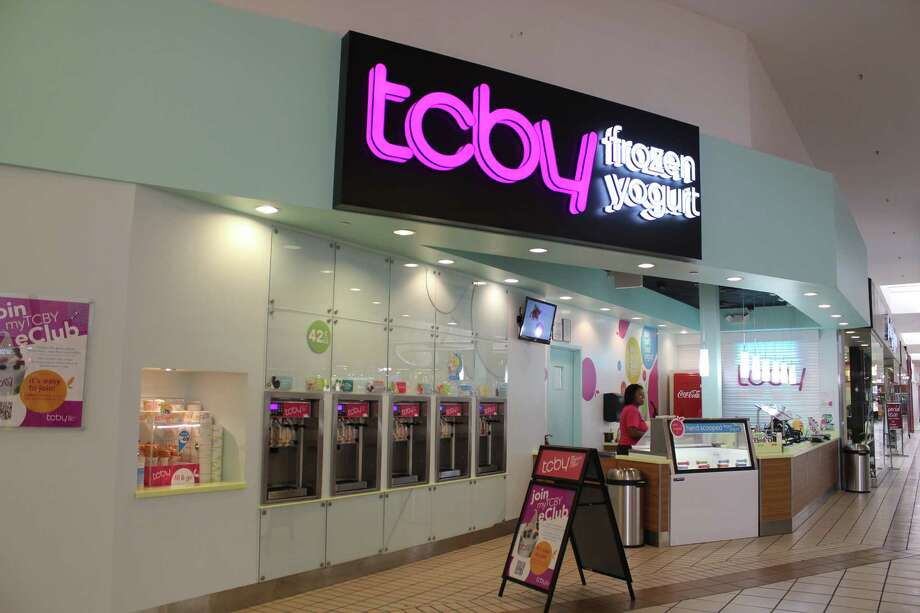 TCBY was located next to Victoria's Secret in Parkdale Mall. Photo: Julie Chang