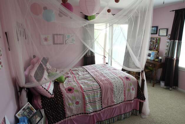 SPACES  TAYLOR   Girl bedroom. Home of Amy Taylor in New Braunfels on August 8, 2012. (San Antonio Express-News)