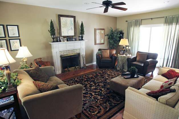 SPACES  TAYLOR  Living room.  Home of Amy Taylor in New Braunfels on August 8, 2012. (San Antonio Express-News)