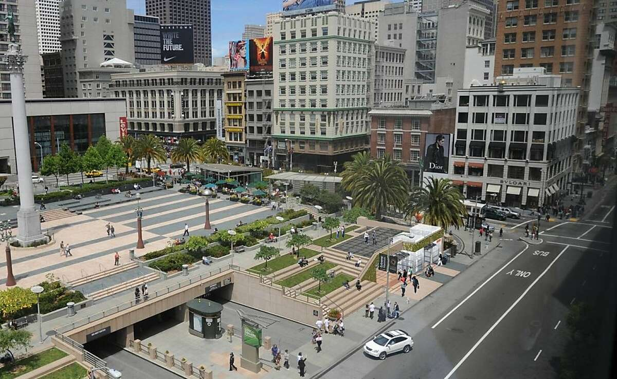 The design for the Central Subway station at Union Square would add a new structure near the southeast corner of the plaza. The design aim is to fold into the setting as much as possible, and create new seating on the sides and the roof.