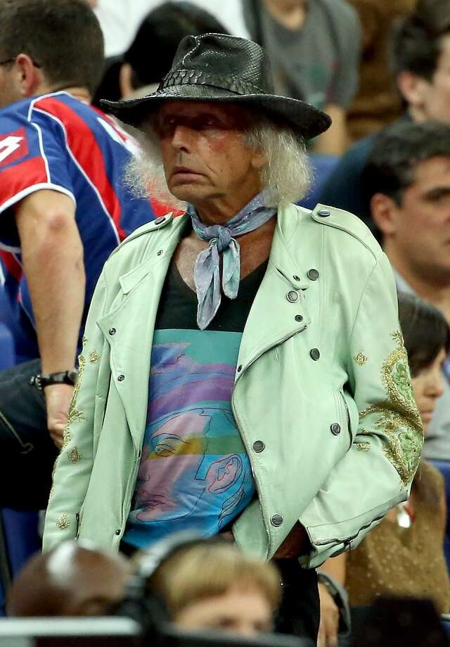 NBA superfan James Goldstein attends the Men's Basketball semifinal match between the United States and Argentina on Day 14 of the London 2012 Olympic Games at the North Greenwich Arena on August 10, 2012 in London, England. (Christian Petersen / Getty Images)
