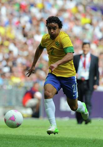 LONDON, ENGLAND - AUGUST 11: Rafael of Brazil makes a run during the Men's Football Final between Brazil and Mexico on Day 15 of the London 2012 Olympic Games at Wembley Stadium on August 11, 2012 in London, England. Photo: Michael Regan, Getty Images / 2012 Getty Images