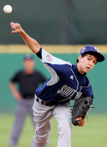 McAllister Park's Troy Montemayor pitches against Reynosa, Mexico, Saturday, May 8, 2010 at Nelson Wolff Stadium.  The international goodwill game is a rematch of the 2009 LLWS consolation game. Reynosa won 9-8. Photo: Edward A. Ornelas, San Antonio Express-News / eaornelas@express-news.net