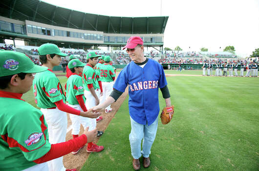 Bexar County Judge Nelson Wolff greets the Reynosa, Mexico, Little League team prior to the game with McAllister Park Saturday, May 8, 2010 at Nelson Wolff Stadium.  The international goodwill game is a rematch of the 2009 LLWS consolation game. Photo: Edward A. Ornelas, San Antonio Express-News / eaornelas@express-news.net